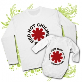 CAMISETA PAPA RED HOT CHILI PEPPERS + BODY YO ESCUCHO RED HOT CHILI PEPPERS COMO MI PAPI WL